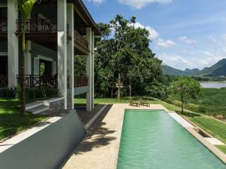 Private Villa with swimming pool on the Mekong, Luang Prabang