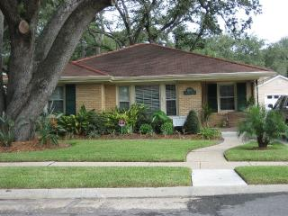 New Orleans Homey Hide Away House