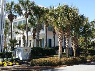 Frangista Beach! Private Pool..20 Yards from Gulf!, Miramar Beach