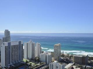 3 BEDROOM STUNNING OCEAN VIEWS Apt 3343, Surfers Paradise