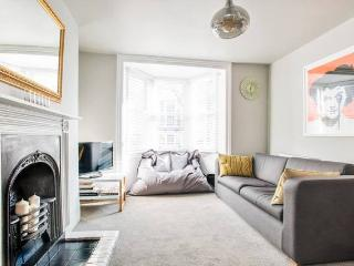 Brighton Kemp Town Flat With Private Patio