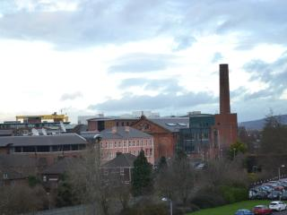 Contemporary Central 2+ Bed Apartment, Belfast