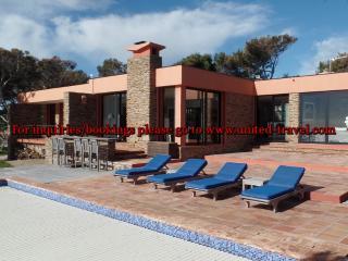 Seafront Villa, Iles d'Hyeres