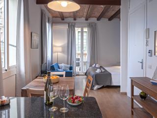 Habitat Apartments - Mar Studio 11, Barcelona