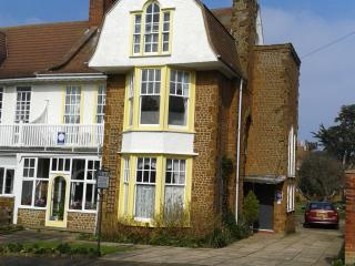 Miramarguesthouse Hunstanton ,close to town centre