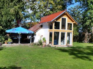 Gästehaus zur Villa mit ÖPNV od. PKW 10 min bis MD, Magdeburg