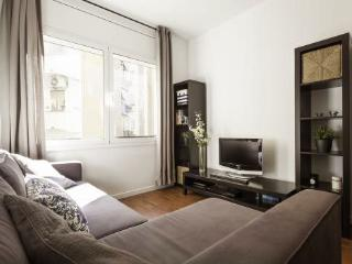 Stay 190m from Sagrada Familia in this 2BR/1BA, Barcelona