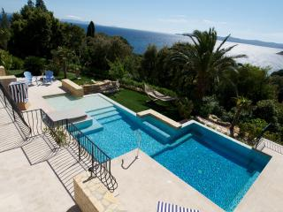 Holiday Villa w/ Pool in Cavalière, Le Lavandou
