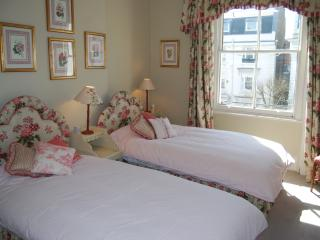 Lovely 1 Bedroom Apartment in Notting Hill