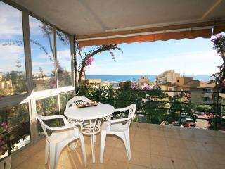 1797 - 2 bed apartment, La Carihuela, Torremolinos