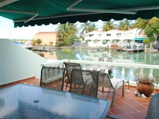Waterfront villa close to the beach - Villa 410D
