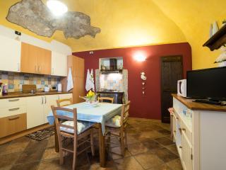 CORTE alla ROCCA apartment in ARONA LAGO MAGGIORE, Arona