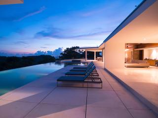 New modern 4 bedroom villa with ocean view, Kuta