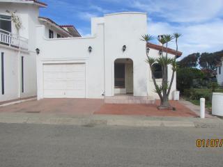 LA CHILANGA  2 BED 2 BATH W/POOL ACCESS & HEATING, Ensenada