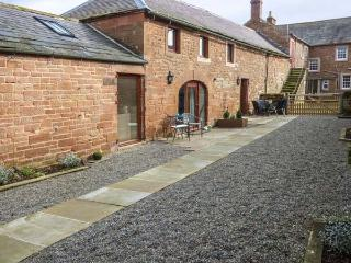 TOM CROFT terraced, working farm, parking, shared garden, in Carlisle, Ref 93372