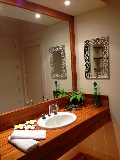The Pamper Room, great for Weddings and Bridal make up or just before you go out at Riverbend