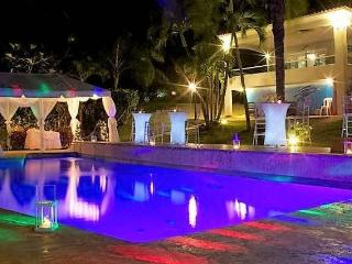 Vacation and Wedding Venue- Reception Villa - all the utilities!