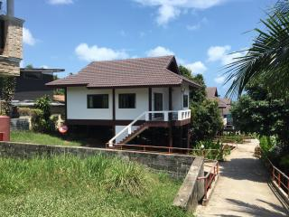 Cosy 2 bedroom House Lamai  (1A)