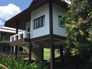 Cosy 2 bedroom House Lamai  (1A)