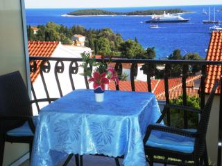 Perfect sea view ap for 2 Hvar town