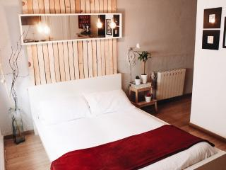 MAGNIFIC STUDIO SPECIAL FOR COUPLES, Granada