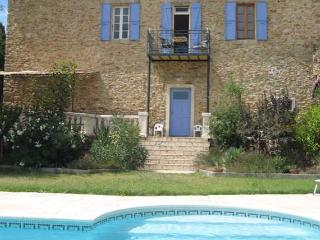 Neffies holiday apartment with pool near Pezenas France sleeps 6