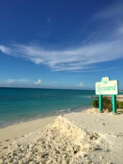 Leeward Beach-Beach Entry