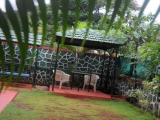 Hill-top villa ---- lonavala
