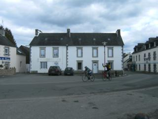 Centrally located to all of Brittany's charms!, Mael-Carhaix