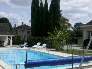 Beautiful house with pool on the Dordogne Perigord