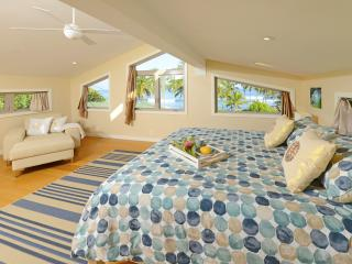 Paia Beach Luxury Home, 10 steps white sandy beach