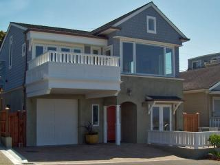 Harborside Retreat-Spectacular Harbor Ocean View!, Santa Cruz