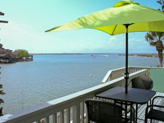 2BR North Padre Island Waterfront Condo on the Laguna Madre