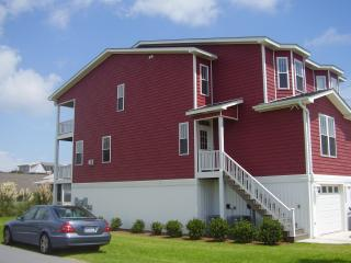 Stones Throw Kure Beach - affordable luxury - WIFI