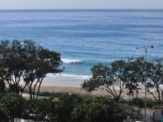 20 METRES TO SURFERS BEACH APT 132, Surfers Paradise