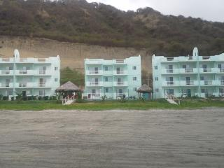 Condo on the beach at Playa del Sol, San Vicente