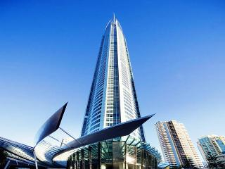 Iconic Building Q1 - Luxury - FREE WIFI, Surfers Paradise