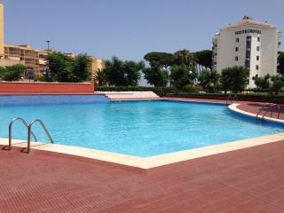 116A Estudio en 1º linea de mar más piscina, La Pineda