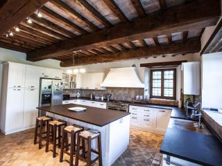 The amazing kitchen. Perfect for cooking up those delicious Italian meals!