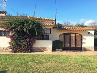 Villa luminosa con piscina e giardino privato, Calonge
