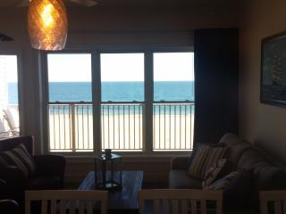 Oceanfront luxury., Hampton