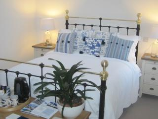 Trenance House B&B, Nancegollan, Helston, CORNWALL