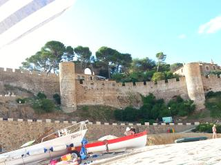 Apartamento con terraza + parking 100 metros playa, Tossa de Mar