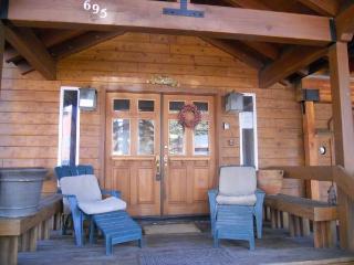 Ski Squaw*Remodeled*Walk 2 Town, Cafe, River*Wifi, Tahoe City