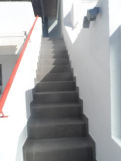 STEPS LEADING TO ENTERTAINMENT LEISURE AREA