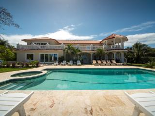 Luxury Ocean Front Villa, Sosua