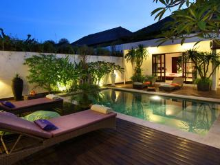 #D10 Exotic Villas 4BR 800m From Beach, Kerobokan