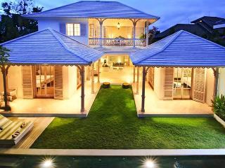 Casa Cinta 2 Luxury Colonial 3 Bed Villa, Seminyak