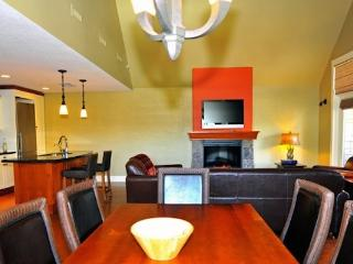 Canmore Luxury Impressive 3 Bedroom Premium Penthouse