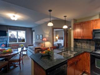 Canmore Falcon Crest Beautiful 1 Bed Condo